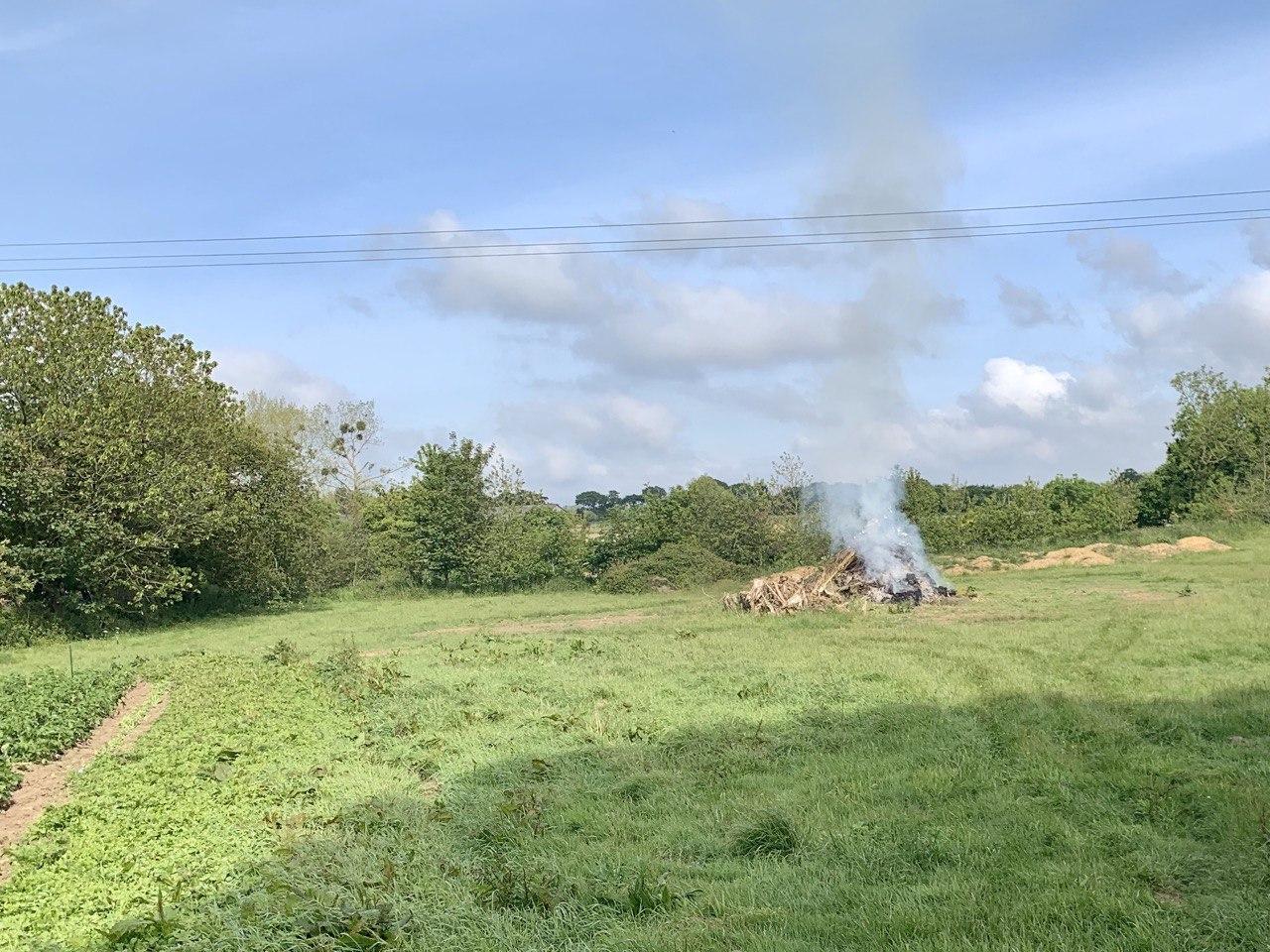 Nouveau rappel: les feux de déchets verts sont interdits toute l'année